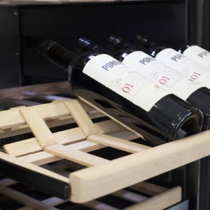 יין מדפים