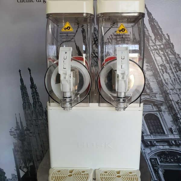 מכונת ברד בעלת 2 מיכלים – הנקודה החמה (8)